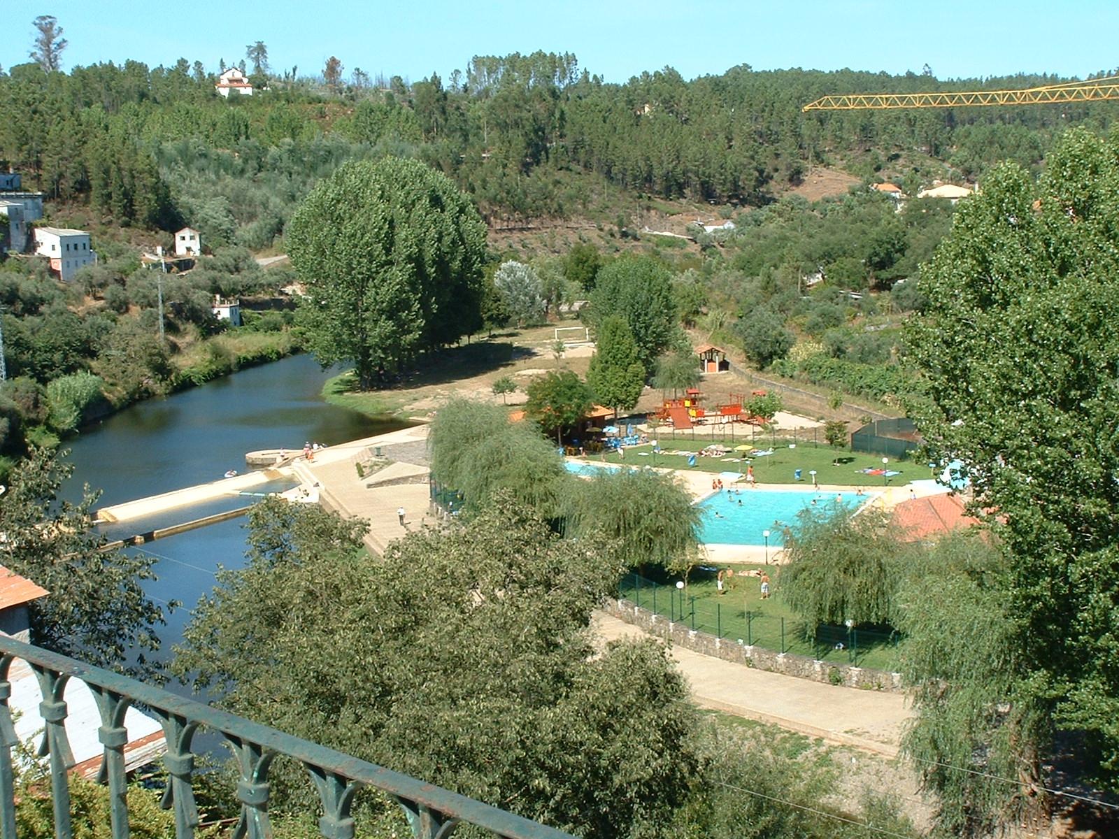 Sert vila da beira interior portugal for Hoteis zona centro com piscina interior